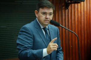 Deputado estadual Raniery Paulino