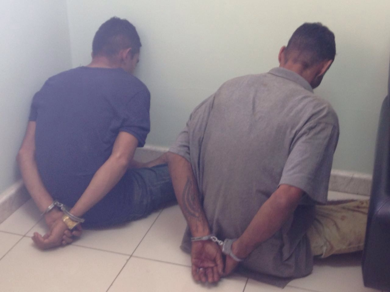 Suspeitos de sequestrar gerente foram presos nesta quarta-feira (30) (Foto: Walter Paparazzo)