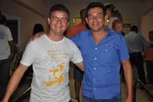 Murílio agradeceu o apoio do vereador Beto de Paulino (Foto: Fabiano Lopes)