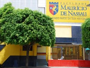 Faculdade Maurício de Nassau (Foto: Divulgação)