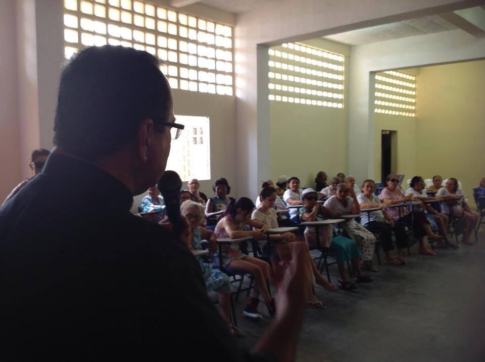 Fundador da pastoral, Monsenhor José Nicodemos, esteve presente na comemoração (Foto: ManchetePB)