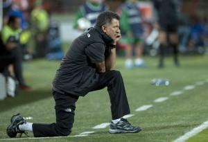 Juan Carlos Osorio é um técnico com moral no Nacional (Foto: Raul Arboleda / AFP)