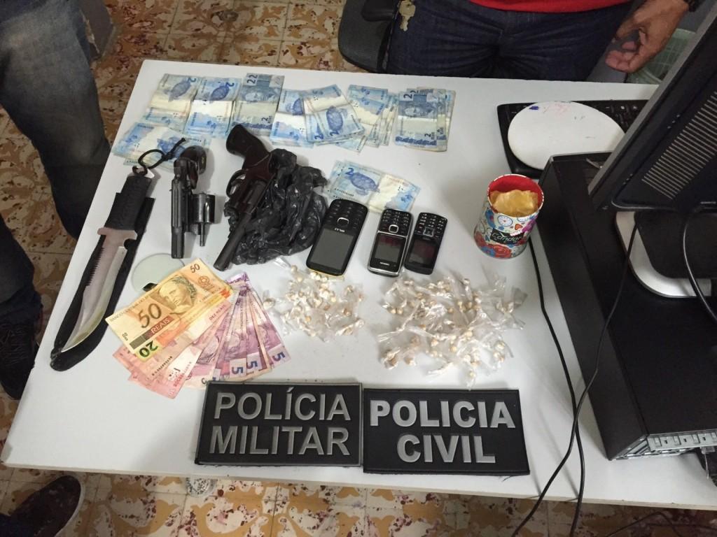 Material apreendido com o quarteto (Foto: Divulgação/Polícia Civil)