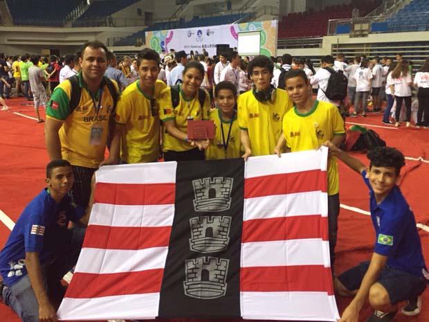 Estudantes de João Pessoa ganham prêmio na RoboCup, na China (Foto: Arquivo Pessoal)
