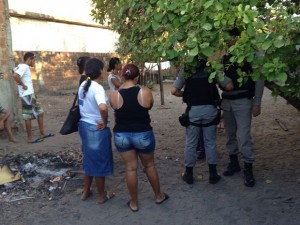 Adolescente foi encontrada morta dentro de casa no bairro Colinas do Sul (Foto: Walter Paparazzo)