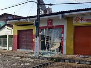 Explosão aconteceu durante a madrugada (Foto: Reprodução/Whatsapp)