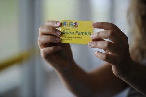 Bolsa Família pode perder R$ 10 bilhões do seu orçamento (Foto: Jefferson Rudy/Agência Senado)