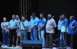 Prefeito discursou antes do início das apresentações (Foto: Fabiano Lopes / ManchetePB)