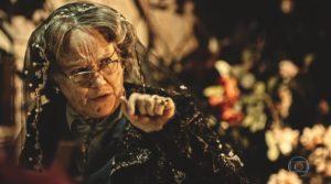 Selma Egrei (Encarnação) em cena de Velho Chico, novela das nove da Globo