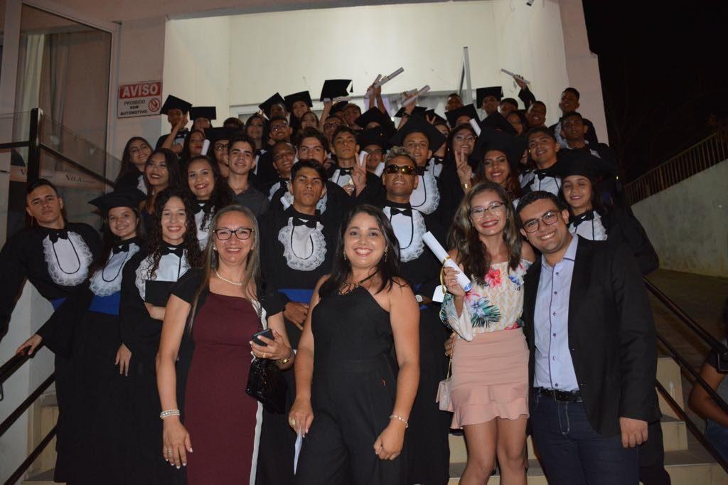 Foram 53 alunos aprovados em Universidades (Foto: Divulgação)
