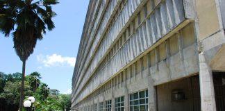 Hospital Universitário Lauro Wanderley na UFPB, em João Pessoa, é referência no tratamento de pessoas com malária (Foto: Rizemberg Felipe/Jornal da Paraíba)