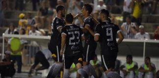 Botafogo-PB vence clássico, volta ao G-4 e afunda o Treze na zona do rebaixamento (Foto: Paulo Cavalcanti / Botafogo-PB)