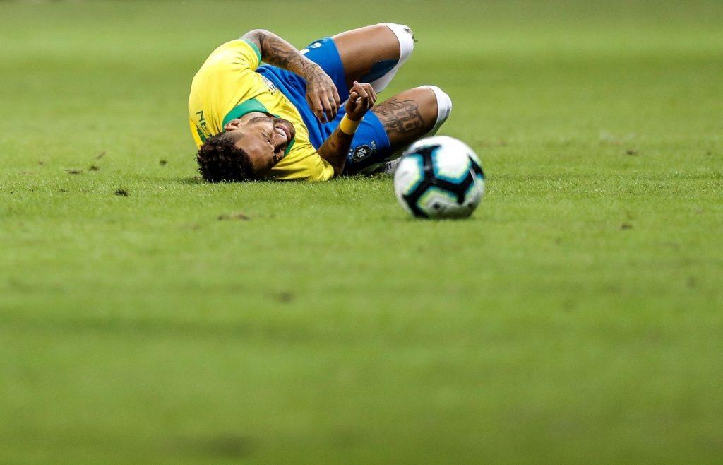 Camisa 10 não terá chance de jogar novo torneio em casa (Foto: Antonio Lacerda/EFE)
